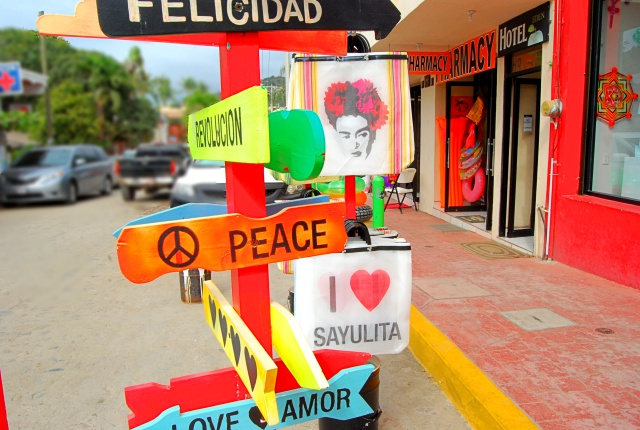 sayulita-peace-small